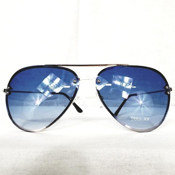 bfa6d99d3e1 NWT Blue Ombre Aviator Sunglasses. NWT. M 5c4cc2984ab633c697992dc0.  M 5c4cc2984ab633c697992dc0